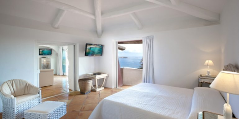 Villa a Porto Cervo Pantogia _ bedroom_Vinci Real Estate